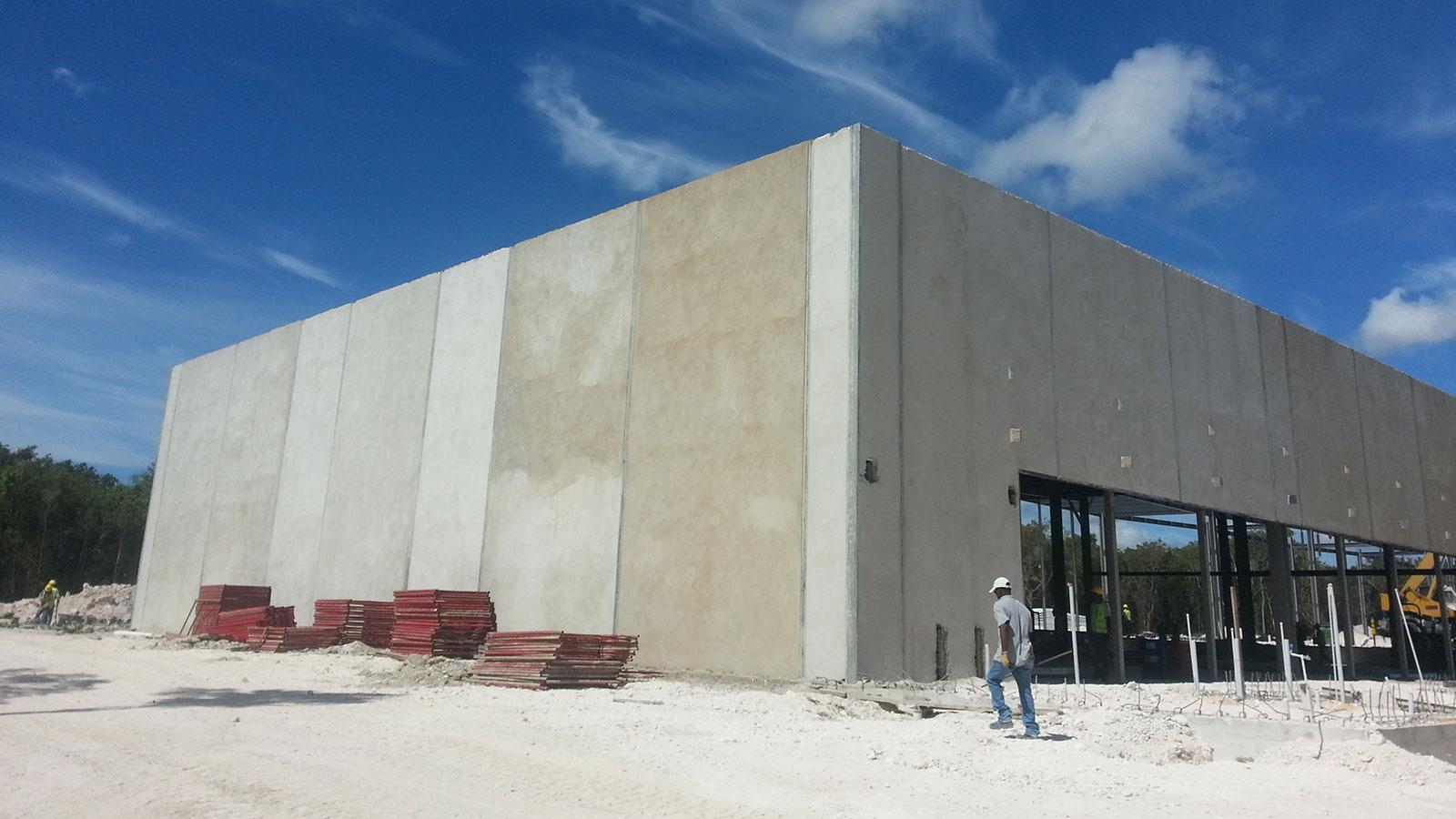 Aduana Aeropuerto Punta Cana el almacen sirve para recibir los productos que son adquiridos para ser consumidos en la zona de turistica de Punta Cana.